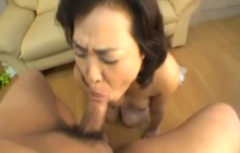 Japanese mature cock sucker
